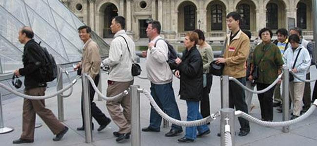 Китайским туристам не везет во Франции