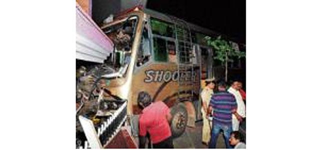 Туристический автобус убил двухлетнюю девочку