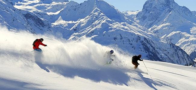 Десять лыжников погибло в Альпах за неделю
