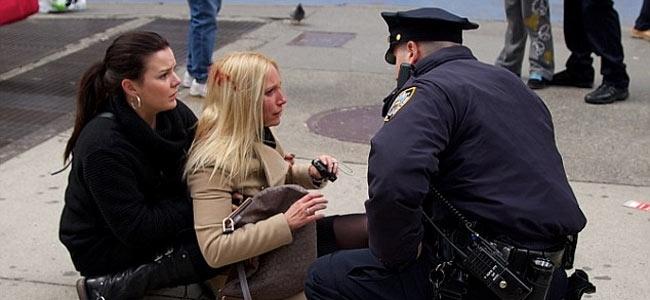 Получить по голове ни за что можно и среди бела дня в центре Нью-Йорка