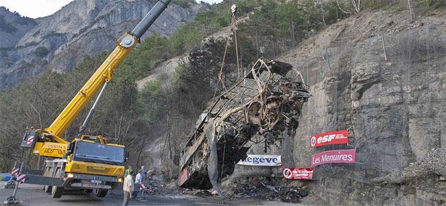 alps-bus-crash