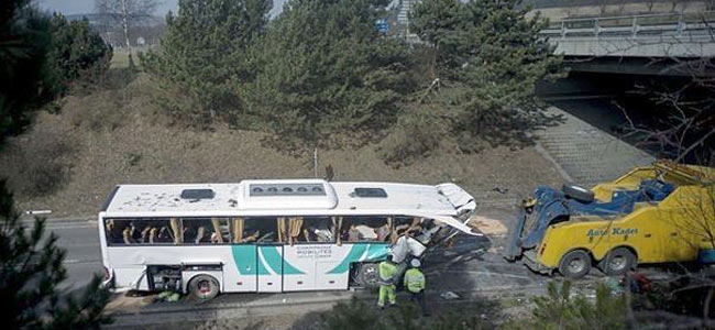 bus-crash