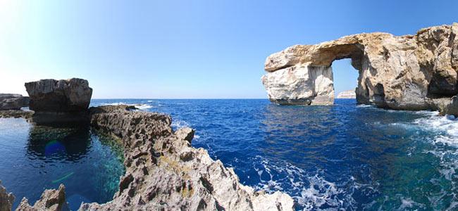 С корабля на Гоцо: пятеро французов, похоже, утонули у мальтийских скалистых берегов