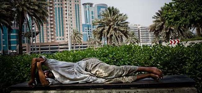 В Дубае за просрочку визы турфирма взяла клиента в плен. Пролилась кровь
