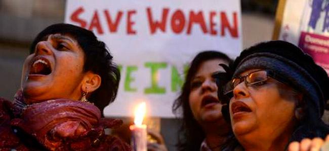 Спасите женщин в Индии, пожалуйста