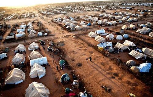 Крупнейший в мире лагерь беженцев