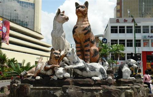Город кошек, город воришек