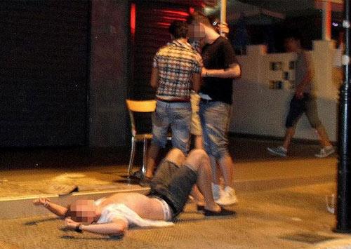 Греческий город пьяных англичан