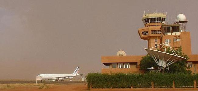 Безбилетник из Буркина-Фасо свалился с неба на столицу Нигера