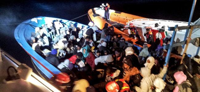 Понаплыли тут всякие… Тысячи ливийцев и сирийцев осаждают берега Мальты и Италии