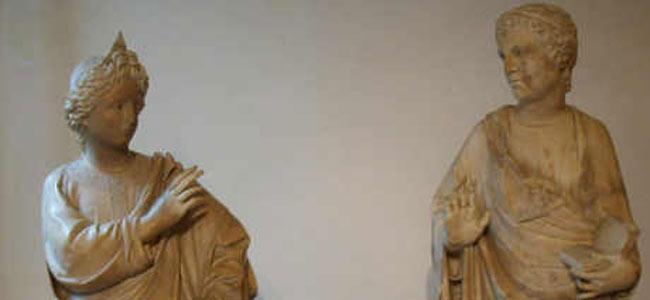 Американский турист в Италии сломал палец 600-летней статуе в музее