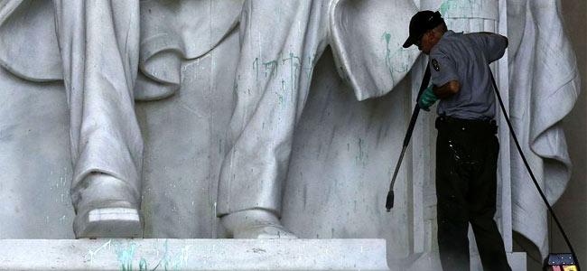 В Вашингтоне обнаружена самая бескультурная туристка из Китая. Ей грозит 10 лет за вандализм