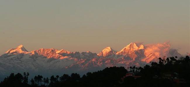 Угарный газ в гостинице погубил китайских туристов, созерцавших Гималаи