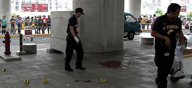 Расстрел в аэропорту Манилы: убиты мэр, его жена, младенец и молодой парень