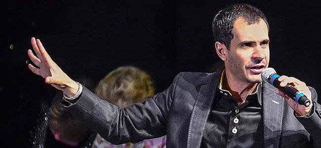 Американский фокусник и гипнотизер погиб в Сиднее, перебираясь с балкона на балкон
