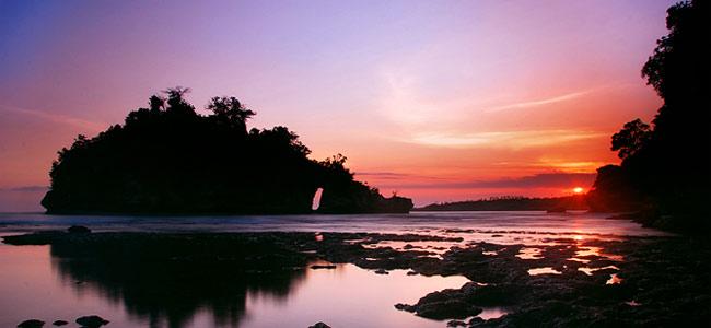 Японская аквалангистка погибла на Бали, шестеро её коллег пропали без вести