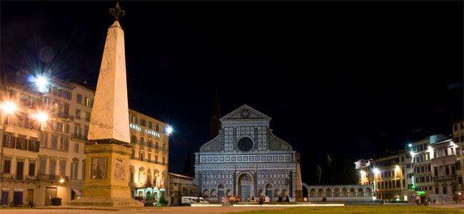 Жители Флоренции гневаются на туристку из Америки, помочившуюся на виду у всех в центре города