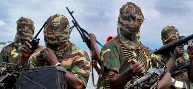 В Камеруне бандиты взяли в плен двух белых священников и монашку впридачу