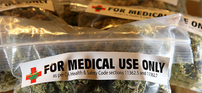Американец привез с собой в ОАЭ марихуану, купленную по рецепту врача