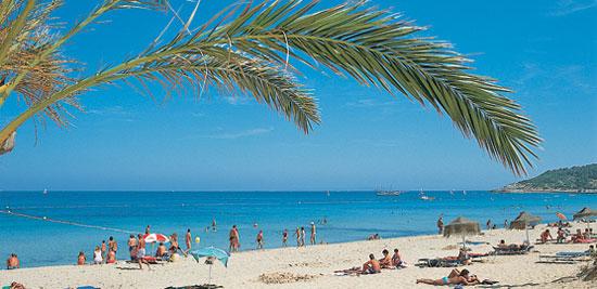 Нудистский пляж на Ибице