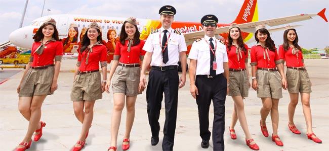 Вьетнамский самолет с 200 пассажирами на борту сел не в том аэропорту, куда летел