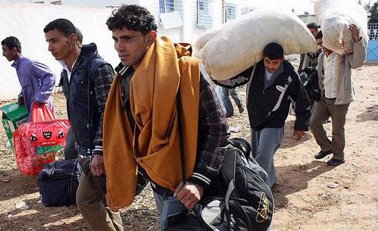 Беженцы из Ливии в Тунис
