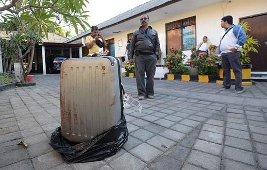 Труп в чемодане на Бали