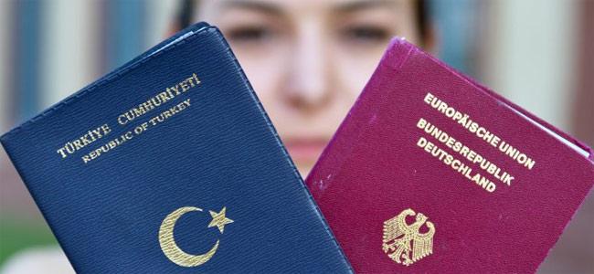 Сто тысяч иностранцев стали гражданами Германии в прошлом году