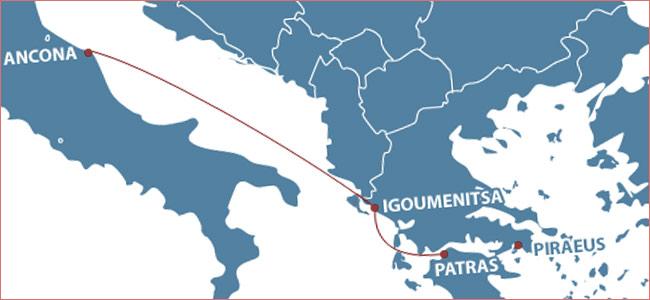Полиция Греции арестовала 16 мигрантов, рвавшихся в Италию по поддельным документам