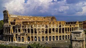 Улица, ведущая к Колизею станет пешеходной