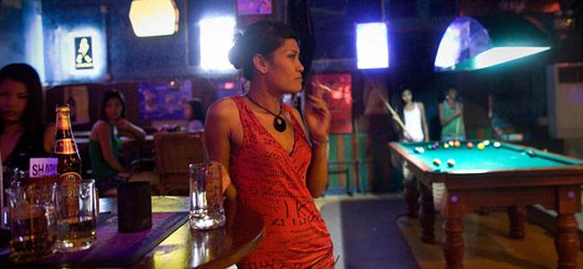 Легкодоступных женщин Камбоджи, ублажающих туристов, будет защищать трудовой закон