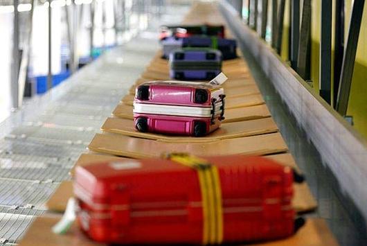 В Пулково все чаще происходят сбои в доставке багажа к самолету
