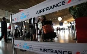 Забастовка французских пилотов в Air France вредит всей стране