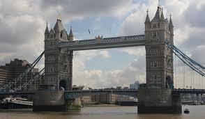 Сервис Google Street View предлагает виртуальный тур по Темзе через всю столицу Великобритании