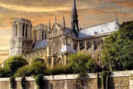 Париж не перестает радовать туристов