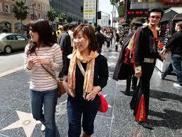 Шесть тысяч китайских туристов прибыли в США