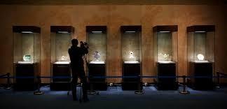 В китайском музее обнаружены фальшивые экспонаты