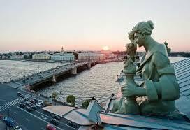 В Эрмитаже предлагают экскурсии с посещением крыши музея