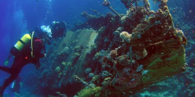 Греция позволит туристам — аквалангистам заняться подводной археологией