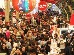 Традиционный рождественский сезон распродаж начинается в США в «черную пятницу»