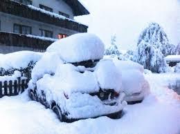 Сильнейший снежный шторм обрушился на Восточные Альпы