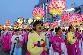 Корейский фестиваль лотосовых фонарей удивит гостей эффектным зрелищем