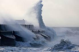 Ростуризм предупредил о циклоне на Дальнем Востоке