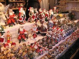 В Вене начинают работать рождественские базары