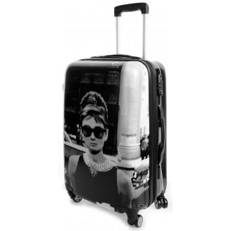 Власти Венеции не будут запрещать чемоданы на колесиках
