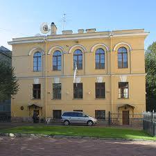 Эстонское генконсульство выдаст жителям Северной столицы более 50 тыс. виз