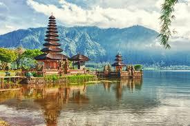 Индонезию включили в Сеть творческих городов Юнеско благодаря ручной росписи