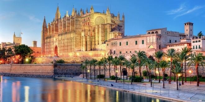 Испания получила большую прибыль в туристической отрасли