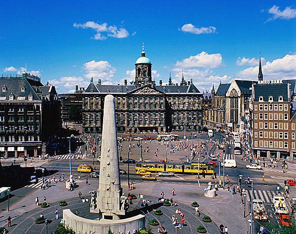 Амстердам: Площадь Дам