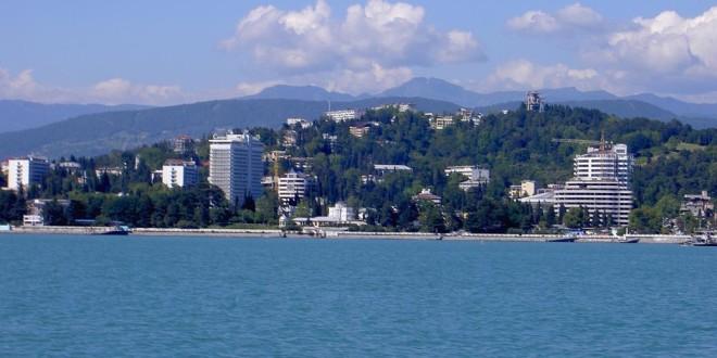 На черноморских курортах России увеличится протяженность пляжей